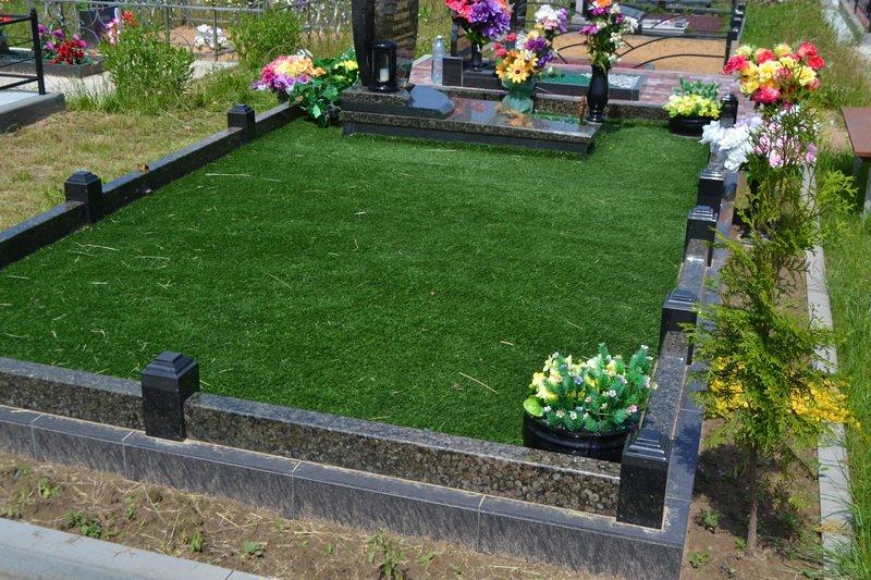 Озеленение могилы на кладбище своими руками